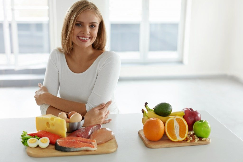 woman with chosen dietary food