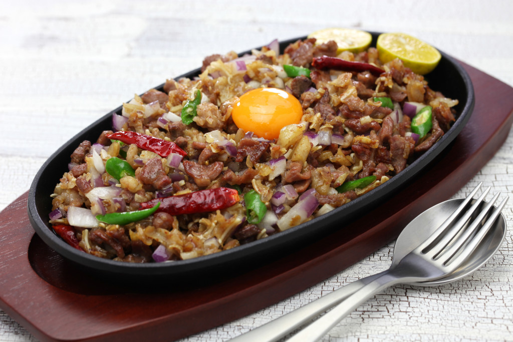 sisig on sizzling plate